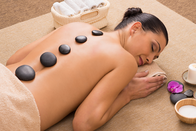 Hot Stone Massage ab 60 Minuten